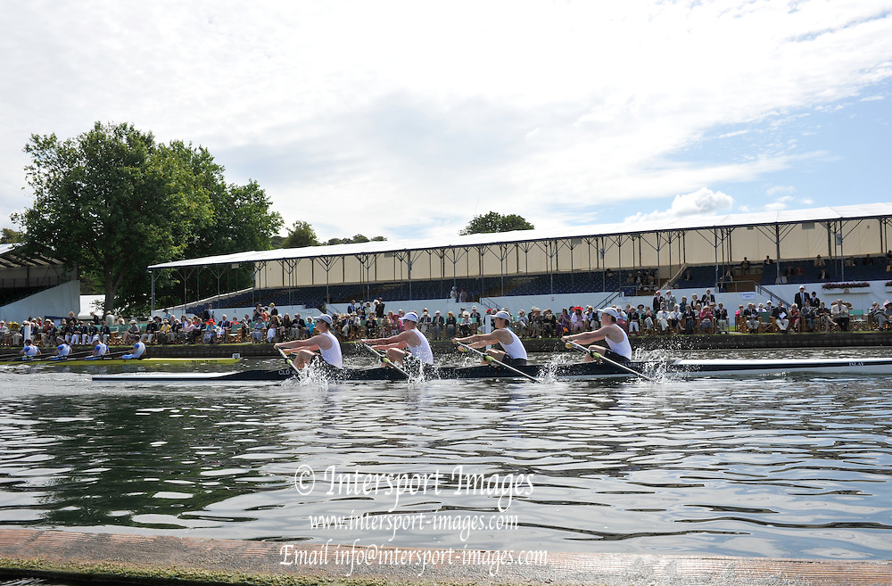 Henley, Great Britain. Clydesdale RC. Fawley  Challenge Cup. Henley Royal Regatta. River Thames Henley Reach.  Thursday   30/06/2011  [Mandatory Credit Peter Spurrie r/ Intersport Images] 2011 Henley Royal Regatta. HOT. Great Britain . HRR