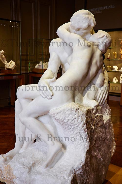 France, Paris (07), musée Rodin, 77 rue de Varenne, Le Baiser // France, Paris, Rodin museum, The Kiss