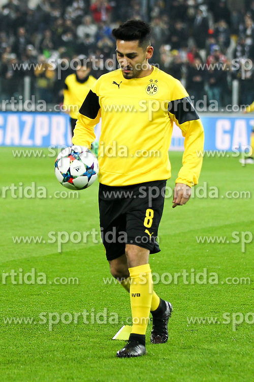 24.02.2015, Veltins Arena, Turin, ITA, UEFA CL, Juventus Turin vs Borussia Dortmund, Achtelfinale, Hinspiel, im Bild Ilkay Guendogan #8 (Borussia Dortmund) beim warm up // during the UEFA Champions League Round of 16, 1st Leg match between between Juventus Turin and Borussia Dortmund at the Veltins Arena in Turin, Italy on 2015/02/24. EXPA Pictures &copy; 2015, PhotoCredit: EXPA/ Eibner-Pressefoto/ Kolbert<br /> <br /> *****ATTENTION - OUT of GER*****