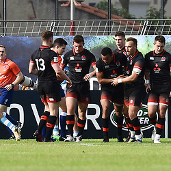 Team of England celebrates scoring a try during the World Championship U 20 match between England and Argentina on May 30, 2018 in Narbonne, France. (Photo by Alexandre Dimou/Icon Sport)