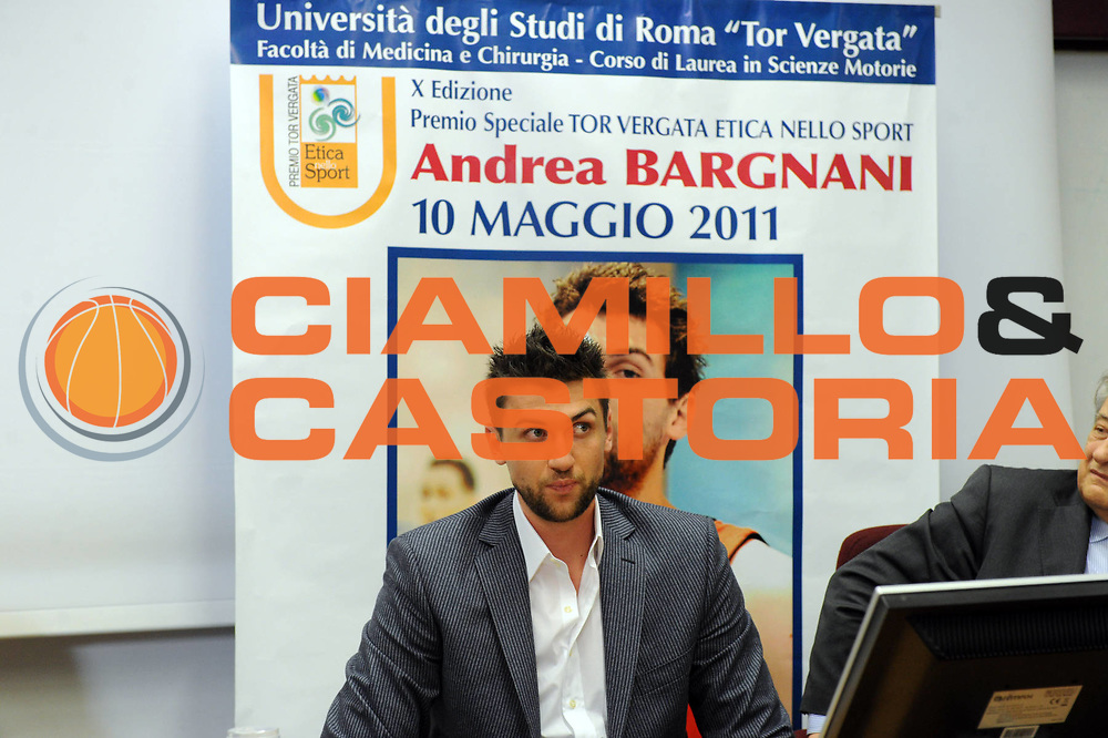 DESCRIZIONE : Roma Lega A 2010-11 Tor Vergata Premio Etica dello Sport ad Andrea Bargnani<br /> GIOCATORE : Andrea Bargnani<br /> SQUADRA : <br /> EVENTO : Campionato Lega A 2010-2011<br /> GARA : <br /> DATA : 10/05/2011<br /> CATEGORIA : ritratto<br /> SPORT : Pallacanestro<br /> AUTORE : Agenzia Ciamillo-Castoria/GiulioCiamillo<br /> Galleria : Lega Basket A 2010-2011<br /> Fotonotizia : Roma Lega A 2010-11 Tor Vergata Premio Etica dello Sport ad Andrea Bargnani<br /> Predefinita :