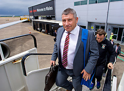 CARDIFF, WALES - Saturday, June 10, 2017: Wales' assistant manager Osian Roberts boards the team plane as the squad depart Cardiff Tesla Airport to travel to Belgrade ahead of the 2018 FIFA World Cup Qualifying Group D match against Serbia. (Pic by David Rawcliffe/Propaganda)