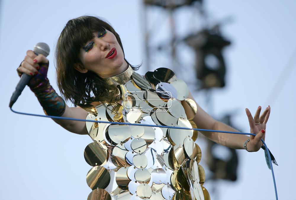 19th April 2009. Indio, California. Musician Karen O of the Yeah Yeah Yeahs, on stage at the Coachella Music Festival..PHOTO © JOHN CHAPPLE / REBEL IMAGES.tel +1 310 570 9100    john@chapple.biz