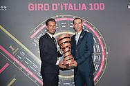 Presentazione Giro d'Italia 2017 il giro del 100 a sinistra Fabio Aru con Vincenzo Nibali, - Milano - Palazzo del Ghiaccio - 25 ottobre 2016 © foto Remo Mosna