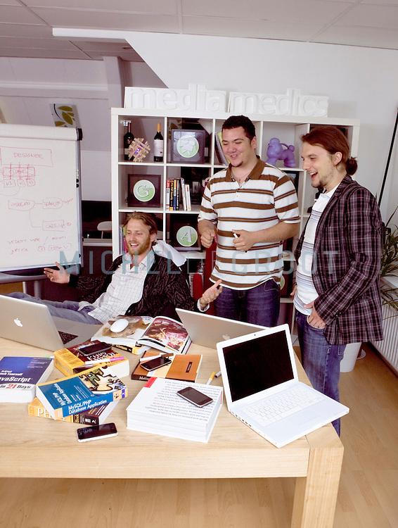 Richard Straver, Melvin Tercan en Valentin Smirnoff van MediaMedics, winnaars van Sprouts ondernemersprijs 25 onder 25