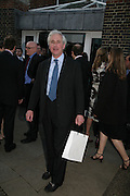 Hugo  Vickers, Launch of Tina Brown's book 'The Diana Chronicles' hosted by Reuters. Serpentine Gallery. 18 June 2007.  -DO NOT ARCHIVE-© Copyright Photograph by Dafydd Jones. 248 Clapham Rd. London SW9 0PZ. Tel 0207 820 0771. www.dafjones.com.
