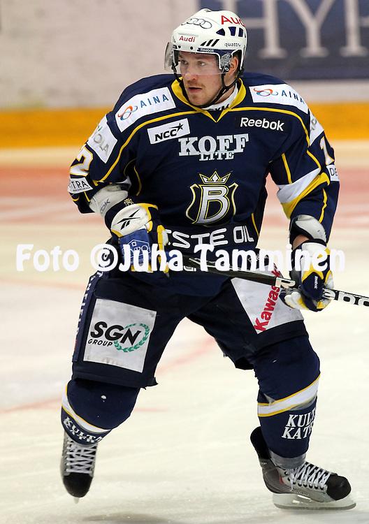 25.09.2010, Barona Areena, Espoo..J??kiekon SM-liiga 2010-11..Blues - K?rp?t..Jari Sailio - Blues.©Juha Tamminen.