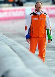 08-01-2012 SCHAATSEN: EC ALLROUND: BUDAPEST<br /> 1500 meter men / Coach Gerard Kemkers<br /> ©2012-FotoHoogendoorn.nl