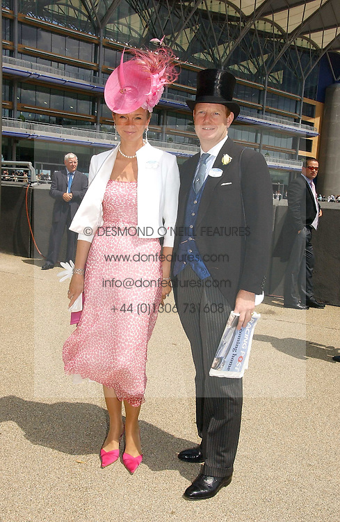The EARL & COUNTESS OF DERBY at the first day of the Royal Ascot racing festival 2006 at Ascot Racecourse, Berkshire on 20th June 2006.<br /><br />NON EXCLUSIVE - WORLD RIGHTS
