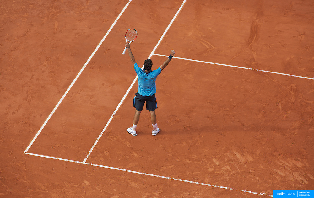 Roger Federer, Switzerland, in action against Gael Monfils, France during the Men's Quarter Final match at the French Open Tennis Tournament at Roland Garros, Paris, France on Wednesday, June 3, 2009. Photo Tim Clayton.