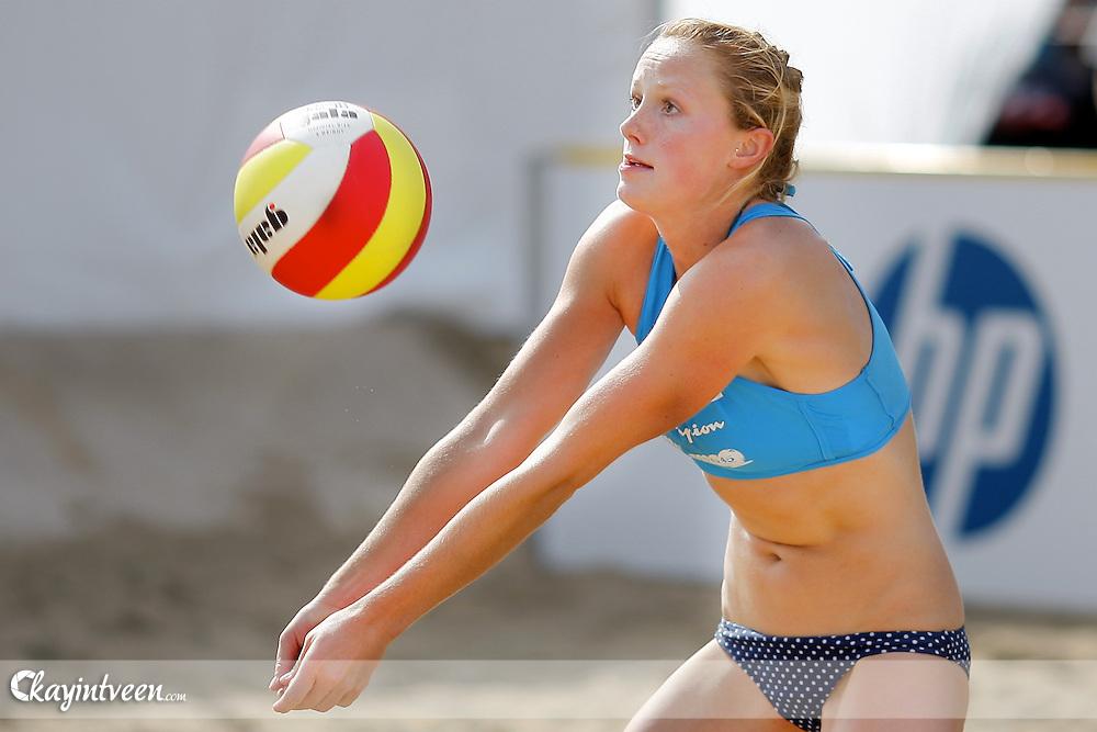 DEN HAAG - NK Beach Volleyball, Beachstadion Scheveningen, 20-08-2011, Michelle Stiekema