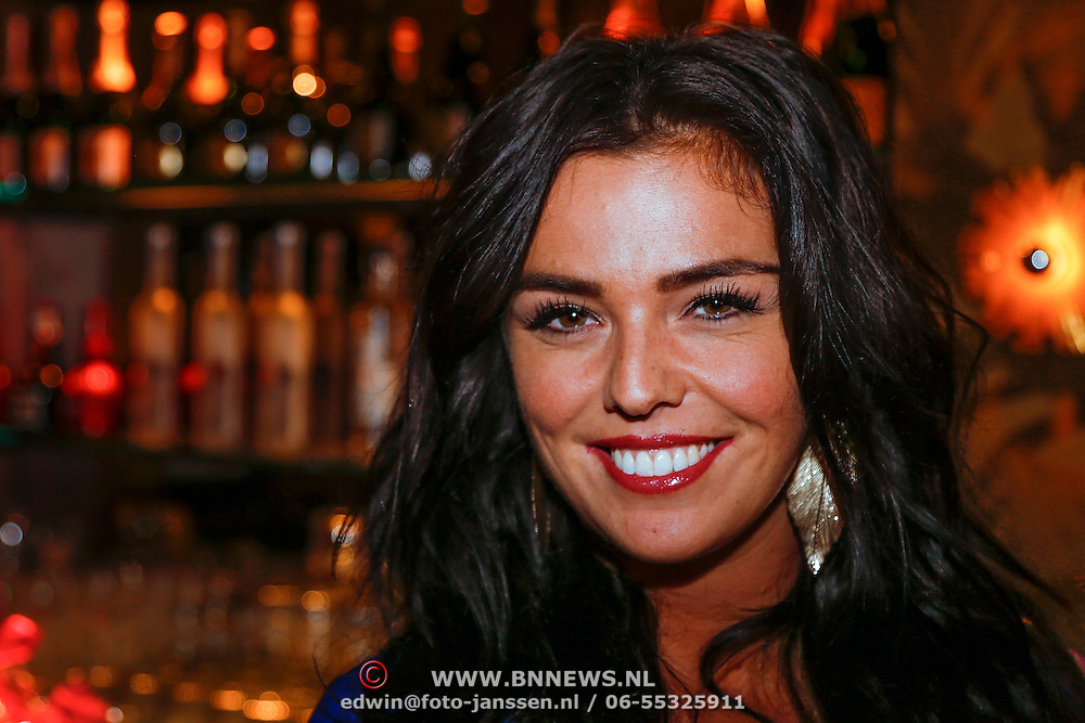 NLD/Amsterdam/20121126 - Bekendmaking FHM 500 Mooiste Meisjes 2012, Laura Ponticorvo
