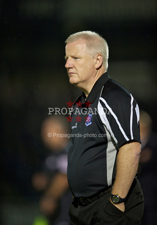 BRISTOL, ENGLAND - Tuesday, September 28, 2010: Tranmere Rovers' manager Les Parry against Bristol Rovers during the Football League One match at the Memorial Ground. (Photo by David Rawcliffe/Propaganda)