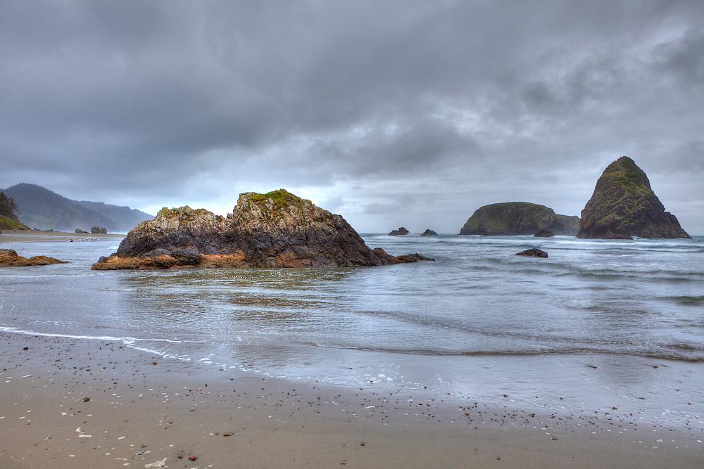 Rocky Shoreline -  Hwy 101 - Whaleshead - Oregon Coast - HDR