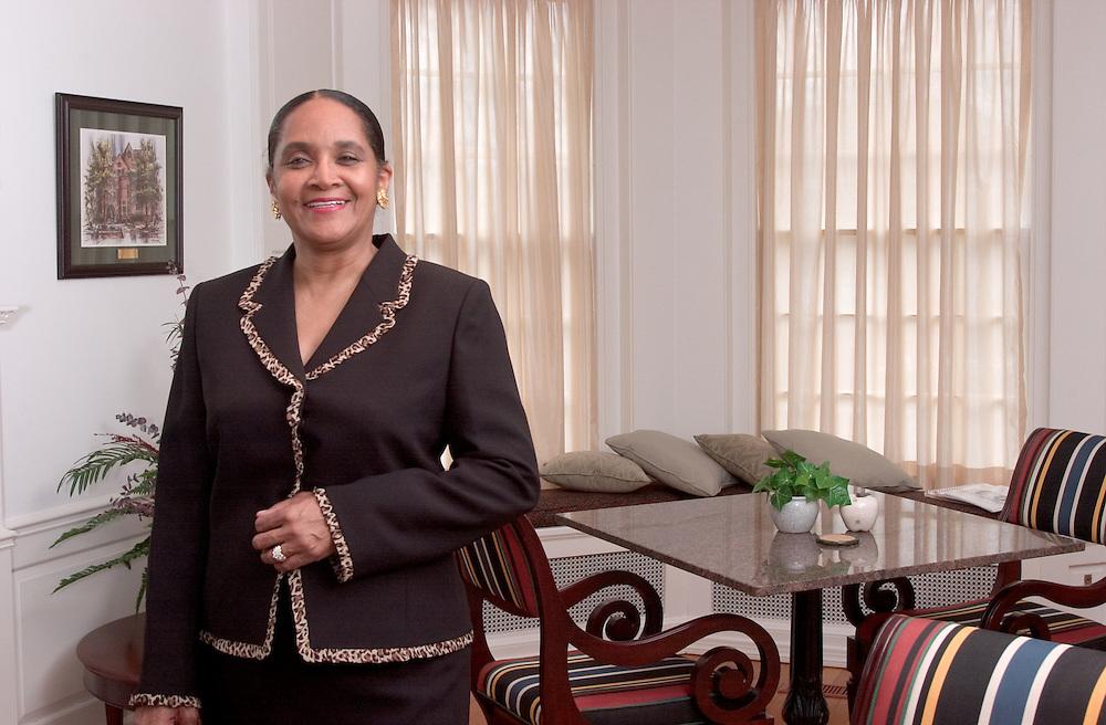16823Mrs. Deborah McDavis : Env. Portrait in Presiden't House