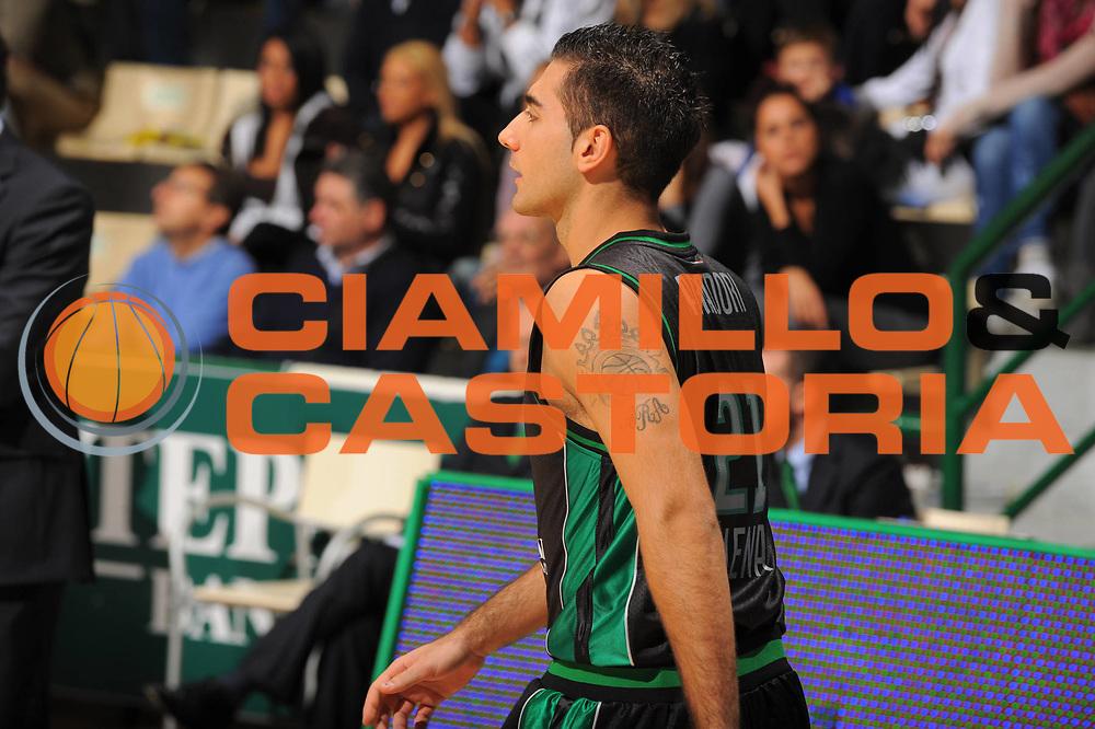 DESCRIZIONE : Siena Eurolega 2010-11 Montepaschi Siena Cholet Basket<br /> GIOCATORE : Pietro Aradori <br /> SQUADRA : Montepaschi Siena<br /> EVENTO : Eurolega 2010-2011<br /> GARA :  Montepaschi Siena Cholet Basket<br /> DATA : 21/10/2010<br /> CATEGORIA : Ritratto Tatuaggio<br /> SPORT : Pallacanestro <br /> AUTORE : Agenzia Ciamillo-Castoria/GiulioCiamillo<br /> Galleria : Eurolega 2010-2011<br /> Fotonotizia : Siena Eurolega Euroleague 2010-11 Montepaschi Siena Cholet Basket<br /> Predefinita :