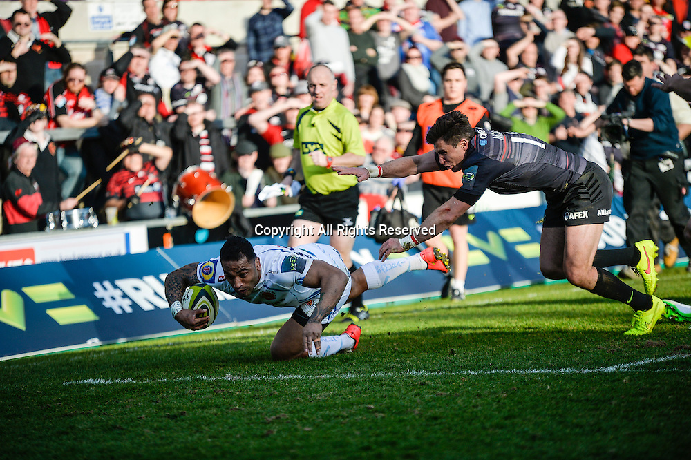 22.03.2015.  Northampton, England. LV Cup Final. Saracens versus Exeter Chiefs. Fetu'u Vainikolo (Exeter Chiefs) falls just meters short of the Saracens try line.