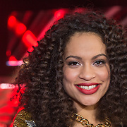 NLD/Amsterdam/20131129 - The Voice of Holland 2013, 3de show, Nicole Bus