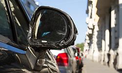 THEMENBILD, Graz, Österreich, Immer wieder kommt es zu Problemen vor den Lokalen rund um die Grazer Universitaet. Betrunkene randalieren und machen Laerm. im Bild ein kaputter Spiegel von einem Auto in der Elisabethstraße. EXPA Pictures © 2012, PhotoCredit: EXPA/ Sebastian Pucher