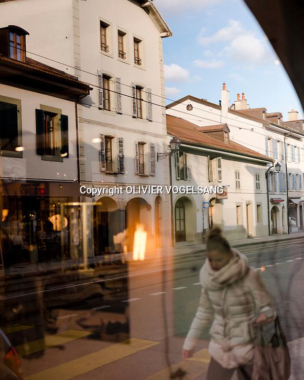 Carouge, 14 novembre 2017. Balade dans Carouge avec Gianna Loredan. Son agence Illico réalise des balades tout au long de l'année pour le compte de Carouge © Olivier Vogelsang