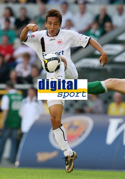 Fotball<br /> Tyskland<br /> Foto: Witters/Digitalsport<br /> NORWAY ONLY<br /> <br /> 30.08.2008<br /> <br /> Junichi Inamoto Frankfurt<br /> Bundesliga VfL Wolfsburg - Eintracht Frankfurt