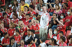 BANGKOK, THAILAND - Wednesday, July 22, 2009: Liverpool supporters during a preseason friendly match at the Rajamangala Stadium. (Pic by David Rawcliffe/Propaganda)