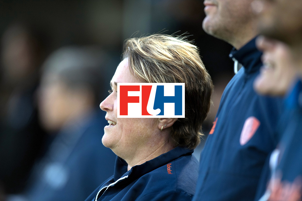 AUCKLAND - Sentinel Hockey World League final women<br /> Match id 10292<br /> 02 NED v NZL (Pool A)<br /> Foto:  Alyson ANNAN Head Coach <br /> WORLDSPORTPICS COPYRIGHT FRANK UIJLENBROEK