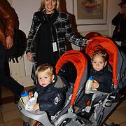 CD presentatie Frans Bauer, zwangere vrouw Mariska Rossenberg en kinderen Christaan en Jan