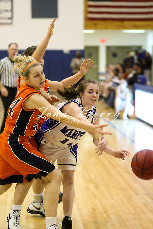 MCHS Varsity Girls Basketball .vs Clarke .2/10/2009
