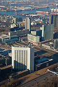 Nederland, Amsterdam, Sloterdijk, 10-01-2009; Teleport, kantoorgebied rond station Sloterdijk; kantoor Belastingdienst aan de Thamesweg in de voorgrond; Teleport, office area around station Sloterdijk; in the foreground Thamesweg  with office Tax administration . .luchtfoto (toeslag); aerial photo (additional fee required); .foto Siebe Swart / photo Siebe Swart