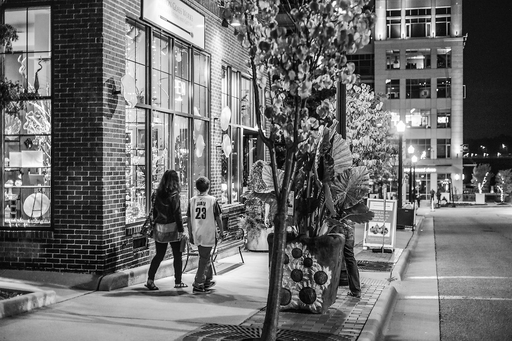 Residents at the NorthSide district during Akron Art Prize 2014.