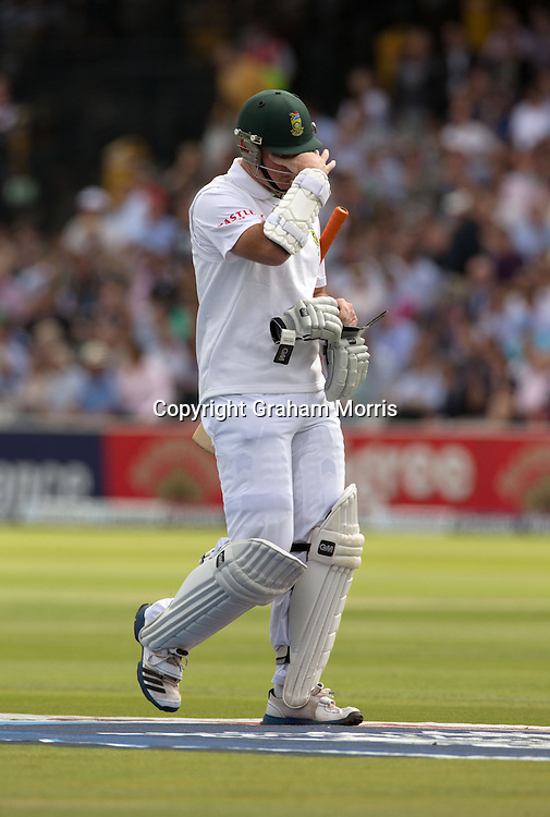 Graeme Smith walks off after being dismissed by James Anderson during the third and final Investec Test Match between England and South Africa at Lord's Cricket Ground, London. Photo: Graham Morris (Tel: +44(0)20 8969 4192 Email: sales@cricketpix.com) 16/08/12