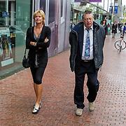 NLD/Amstelveen/20120917 - Uitvaart Rosemarie Smid - Giesen van der Sluis, Olga Commandeur en partner Max