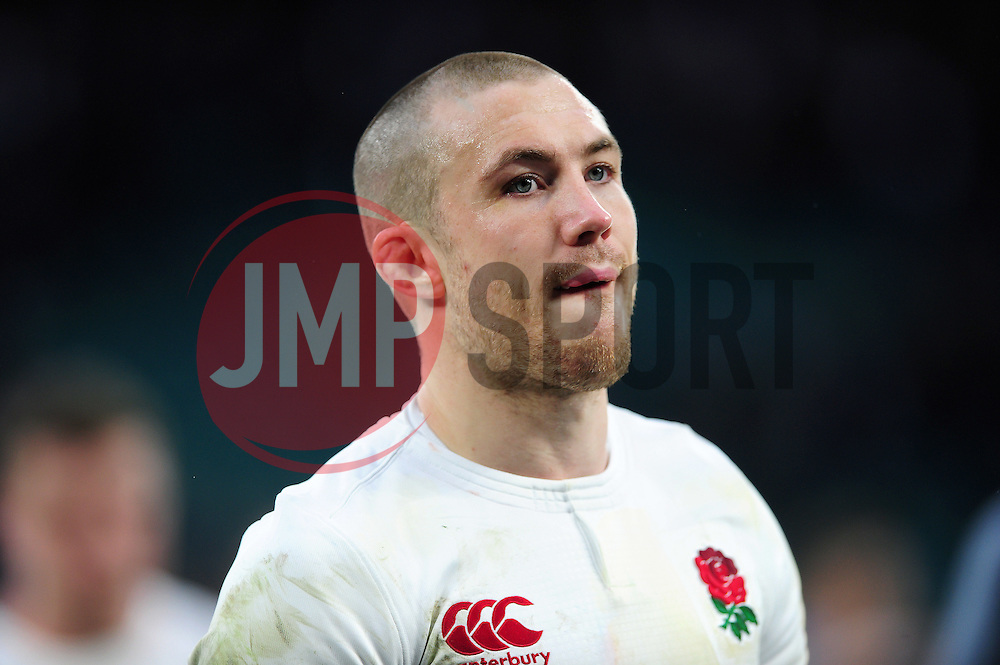 Mike Brown of England looks on after the match - Mandatory byline: Patrick Khachfe/JMP - 07966 386802 - 26/02/2017 - RUGBY UNION - Twickenham Stadium - London, England - England v Italy - RBS Six Nations Championship 2017.
