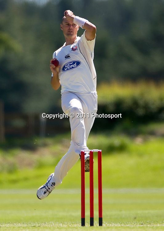 Auckland bowler Chris Martin on day 2 of the 4 Day Plunket Shield cricket match between the Canterbury Wizards and Auckland Aces. Played on MainPower Oval in Rangiora, Canterbury. Tuesday 15 November 2011. Joseph Johnson/photosport.co.nz