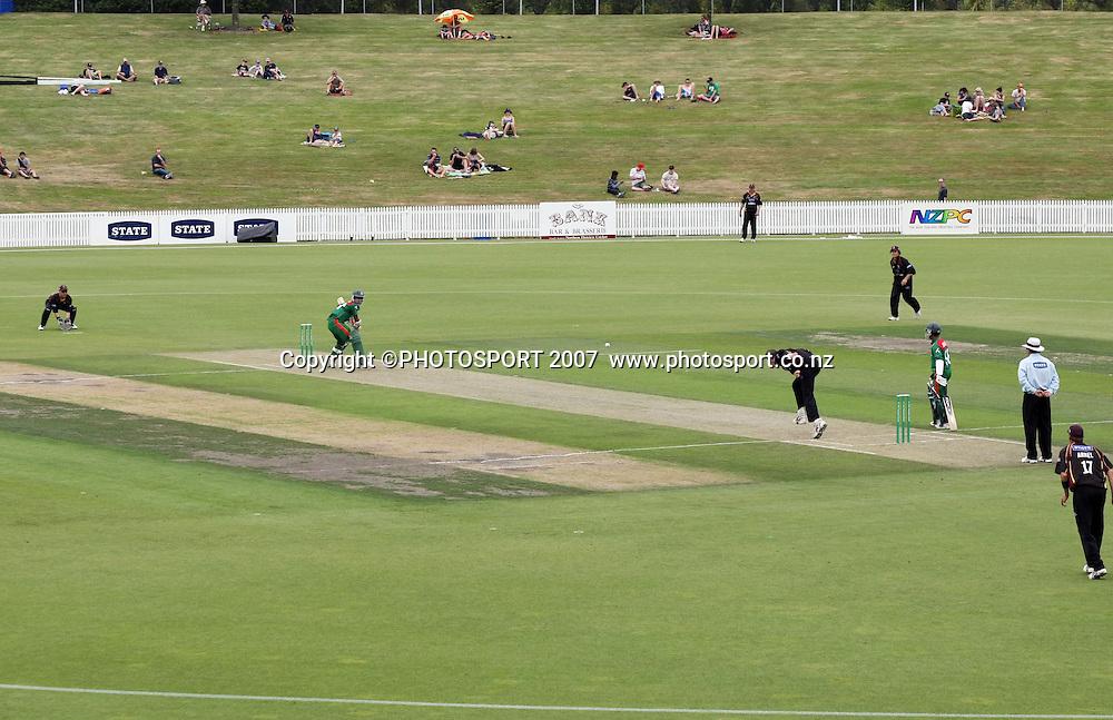 Northern Knights v Bangladesh. One day tour cricket match. Seddon Park, Hamilton. Sunday 16 December 2007. Photo: Stephen Barker/PHOTOSPORT