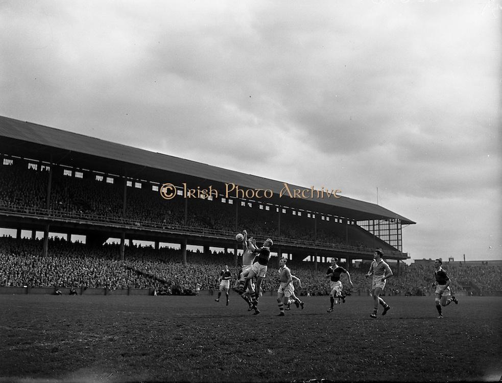 20/04/1958<br /> 04/20/1958<br /> 20 April 1958<br /> National Football League Semi -Final: Dublin v Mayo at Croke Park, Dublin. Dublin won the game.