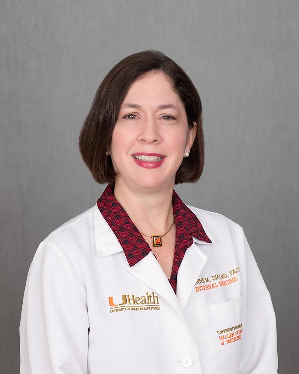 Yvonne Diaz head shot - November 2014.  Photo by Gregg Pachkowski - Biomedical Communications.