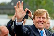 BREDA - Koning Willem-Alexander bij de opening van het nieuwe gerechtsgebouw in Breda. Aanleiding voor de nieuwbouw, die ruim twee jaar in beslag nam, was een sterke toename in het aantal rechtszaken.