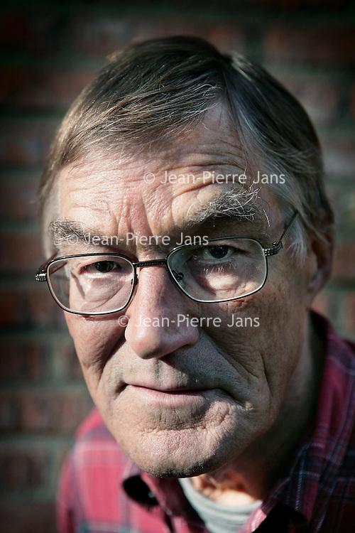 Nederland,Almere ,6 oktober 2008..Journalist Ed Lof, auteur van het boek groei en bloei..Foto:Jean-Pierre Jans