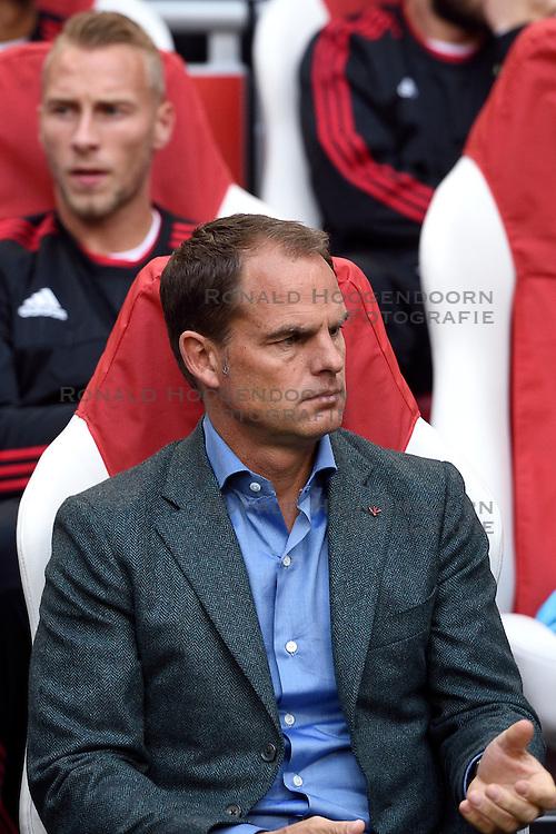 17-09-2015 NED: UEFA Europa League AFC Ajax - Celtic FC, Amsterdam<br /> Ajax heeft in zijn eerste duel in de Europa League thuis moeizaam met 2-2 gelijkgespeeld tegen Celtic / Coach Frank de Boer