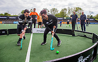 AMSTELVEEN - Deloitte  NK Studentenhockey.  Hockeyclinic olv  B&P College.  rechts Maartje Scheepstra. COPYRIGHT KOEN SUYK