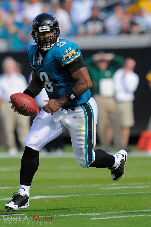 Jacksonville, FL. -- Jacksonville Jaguars quarterback David Garrard (9) during the Jags game against the Green Bay Packers on Dec. 14, 2008 at Jacksonville Municipal Stadium....©2008 Scott A. Miller