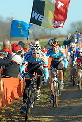 29-01-2006 WIELRENNEN: UCI CYCLO CROSS WERELD KAMPIOENSCHAPPEN ELITE: ZEDDAM <br /> Sven Nijs, Erwin Vervecken<br /> ©2006-WWW.FOTOHOOGENDOORN.NL