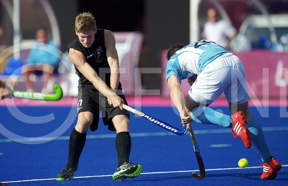 LONDON - Olympische Spelen 2012<br /> men <br /> match<br /> Argentina v New Zealand<br /> foto:  nzl Stephen Jenness <br /> FFU PRESS AGENCY COPYRIGHT FRANK UIJLENBROEK