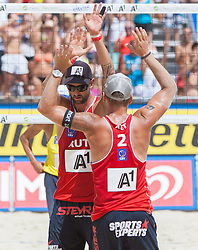 31.07.2013, Klagenfurt, Strandbad, AUT, A1 Beachvolleyball EM 2013, im Bild links Clemens Doppler 1 AUT / rechts Alexander Horst 2 AUT// during the A1 Beachvolleyball European Championship at the Strandbad Klagenfurt, Austria on 2013/07/31. EXPA Pictures © 2013, EXPA Pictures © 2013, PhotoCredit: EXPA/ Mag. Gert Steinthaler