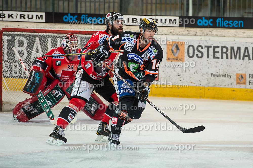 18.01.2013, Tiroler Wasserkraft Arena, Innsbruck, AUT, EBEL, HC TWK Innsbruck vs Graz 99ers, 43. Runde, im Bild Thomas Tragust, (HC TWK Innsbruck, # 34), Antonin Manavian, (HC TWK Innsbruck, # 13), Guillaume Lefebvre, (Graz 99ers, #14) // during the Erste Bank Icehockey League first Round match betweeen HC TWK Innsbruck and Graz 99ers at the Tiroler Wasserkraft Arena, Innsbruck, Austria on 2013/01/18. EXPA Pictures © 2013, PhotoCredit: EXPA/ Eric Fahrner