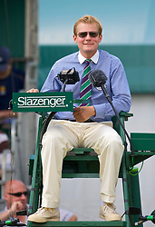 LONDON, ENGLAND - Saturday, June 27, 2009: Umpire Jan Schroder during the Girls' Singles 1st Round match on day six of the Wimbledon Lawn Tennis Championships at the All England Lawn Tennis and Croquet Club. (Pic by David Rawcliffe/Propaganda)