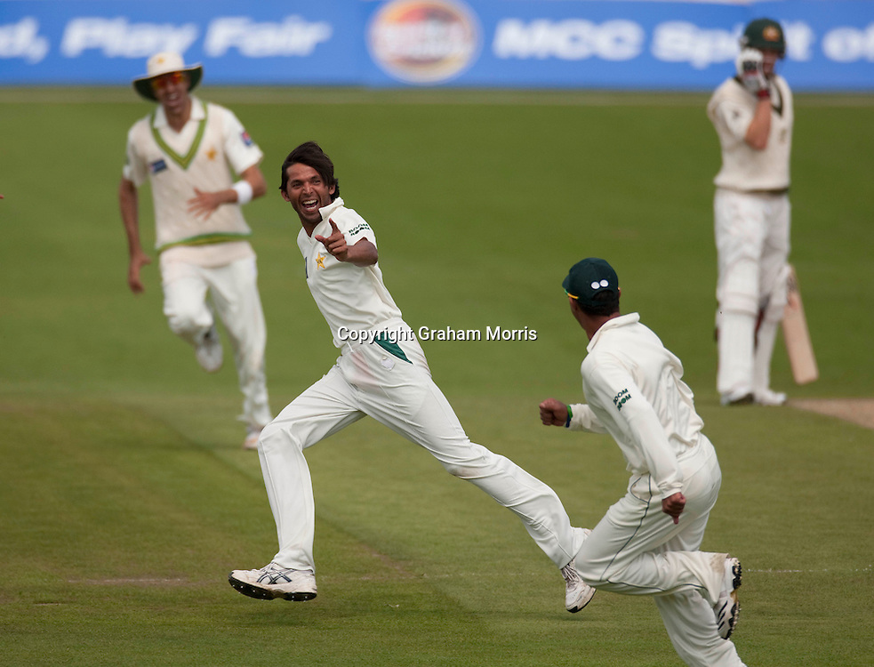 Mohammad Asif celebrates taking the wicket of Michael Clarke during the second MCC Spirit of Cricket Test Match between Pakistan and Australia at Headingley, Leeds.  Photo: Graham Morris (Tel: +44(0)20 8969 4192 Email: sales@cricketpix.com) 23/07/10
