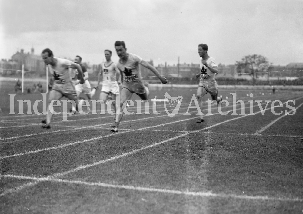 H904<br /> Aonach Tailteann Athletics - Croke Park. Race.<br /> 1928. (Part of the Independent Newspapers Ireland/NLI Collection)
